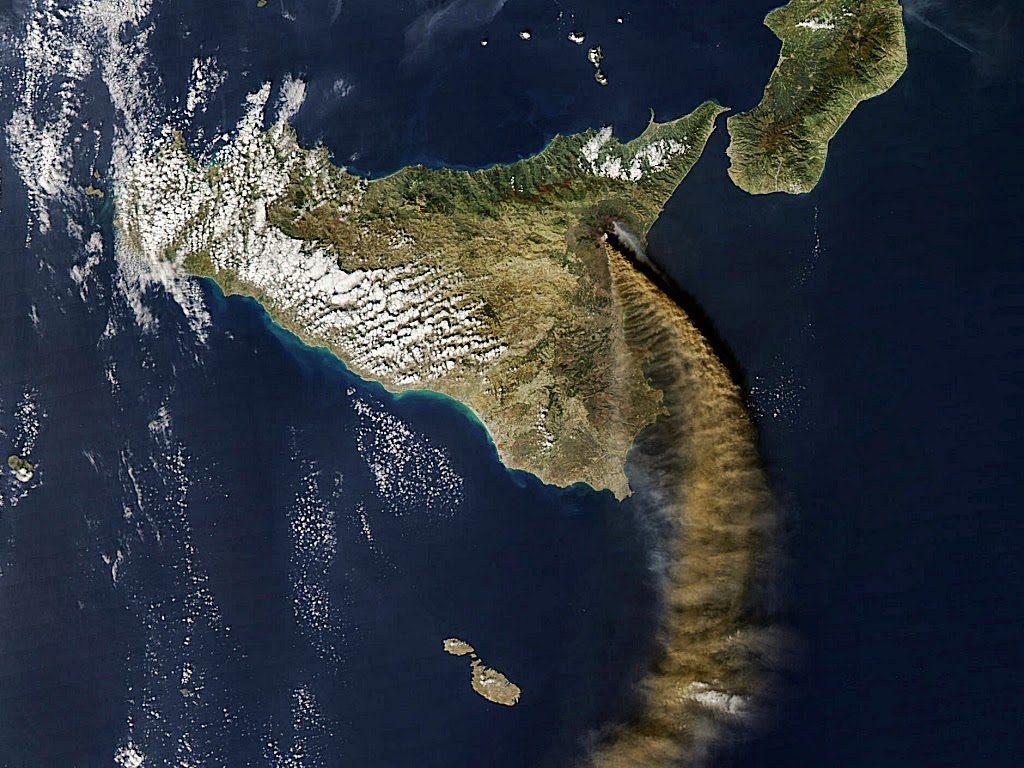Etna in eruzione (Sicilia)2